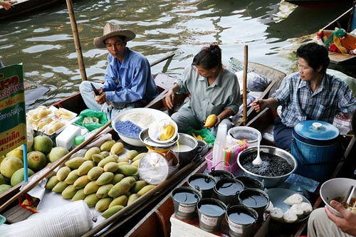 Damnoen Saduak, the Floating Market